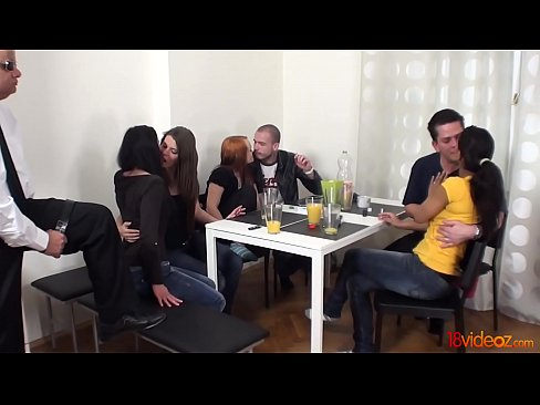 Young Sex Parties - Four slutty chicks