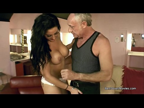 cover video Stepson And  Stepfather Get Sucked Off By Melissa Love