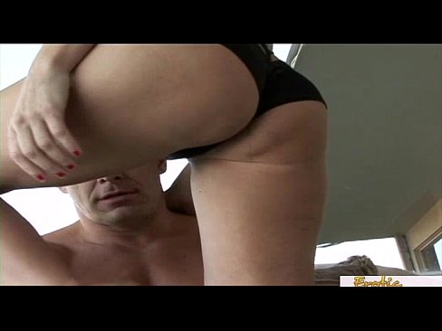 skinny mature slut gets a big creampie after a fuck - xvideos