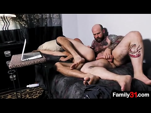 There's nothing hotter than seeing older stepdad fucks with young stepson