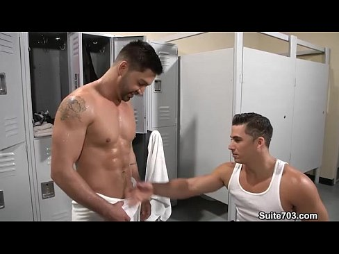Hefty Gays Dominic Pacifico And Topher Dimaggio Fuck In Locker Room Only At Suit Xvideos Com