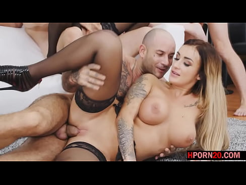 Clip sex three busty girls having fun in an orgy