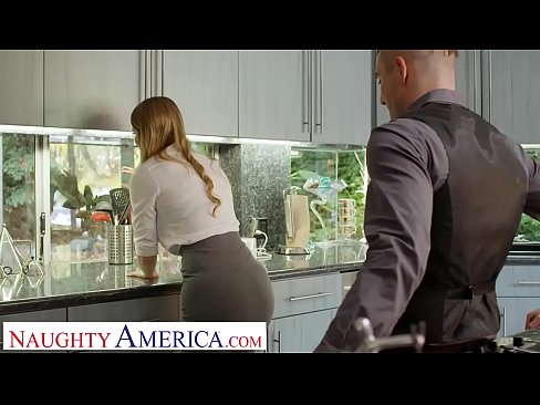 Clip sex Naughty America Real Estate agent Bunny Colby does what it takes to close