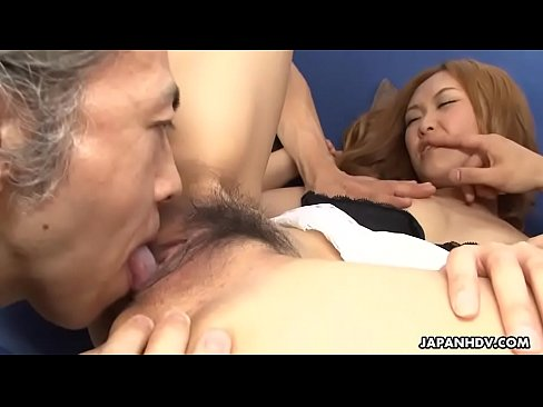 group of perverts toys japanese saleswomans hairy pussy to orgasm