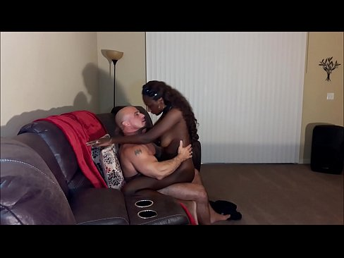 cover video Tinder Date  Takes Creampie
