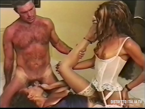 donne nude squirting video