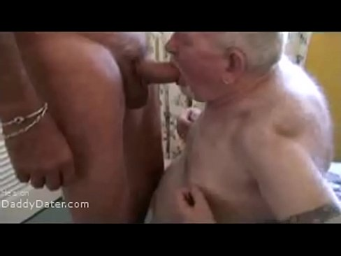 Gay Bear Sucks Dick Of Male Massage Client