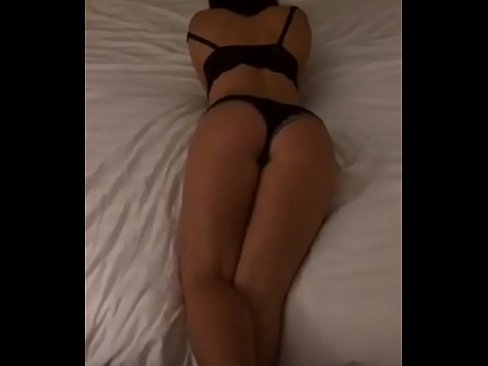 cover video Sexy Wife On  Periscope