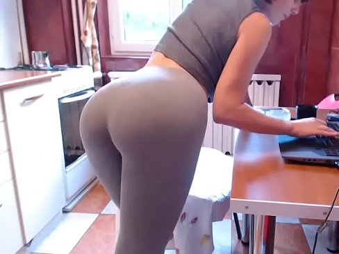 Nonton video sex Amateur chat girl with sexy yoga pants