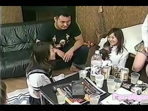[Japanese Vintage Video]Many girls in uniform enjoy the party. And men also enjoy together. - XNXX.COM