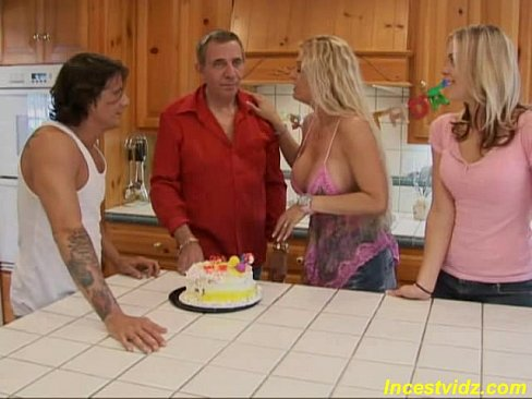 Birthday mom son free sex videos watch beautiful