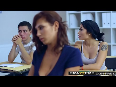 Clip sex Brazzers - Big Tits at School - Big Tits In History Part 2 scene starring Ayda Swinger and Jordi El