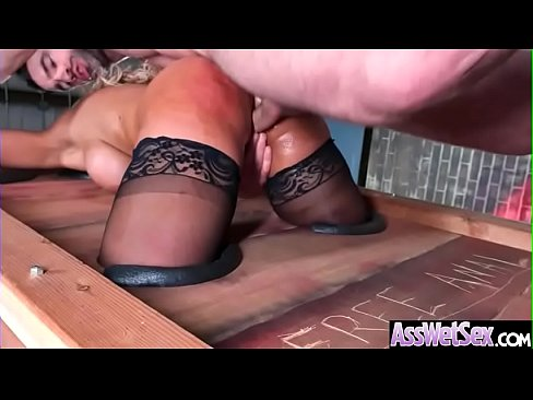 (Bridgette B) Big Oiled Ass Girl Like Deep Anal Hardcore Bang vid-11