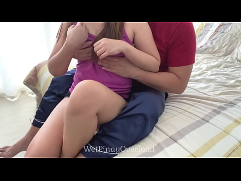 Clip sex Pinay Early Morning Sex With Her Step Brother