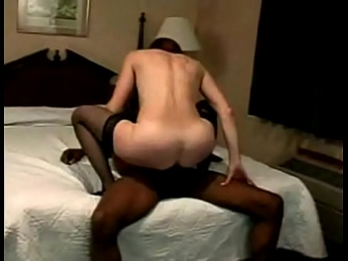 Clip sex Black Dick Deep Inside White Pussy
