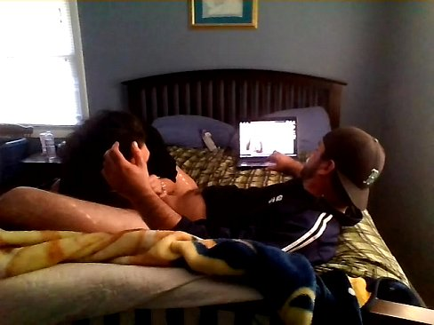 Amateur passionate couple in real homemade...couple in love