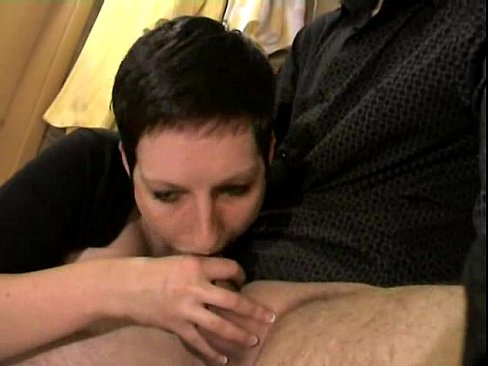 amateur deepthroat – beautiful deep throat and cum in mouth