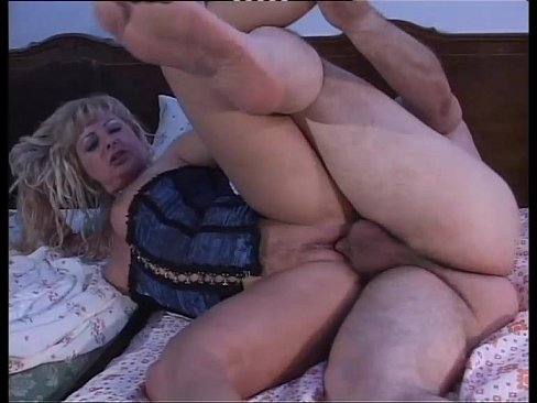 Desperate milfs and housewives scene