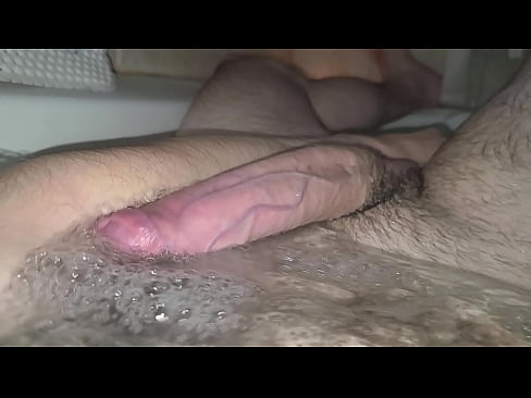 Clip sex Big cock on bath tub