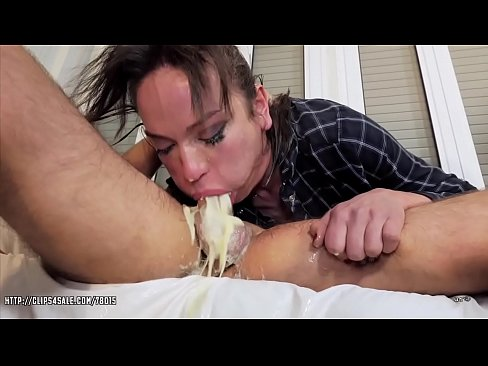 Nataly Gold - Rich Bitch Throat Brutalization