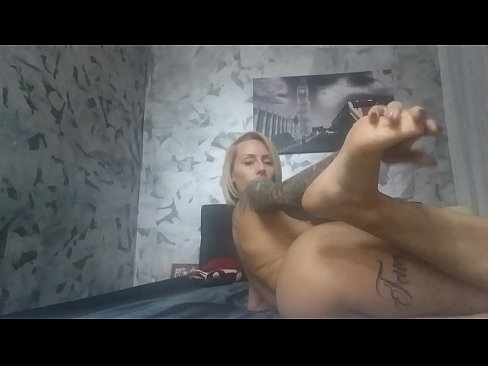 foot fetish cam girl