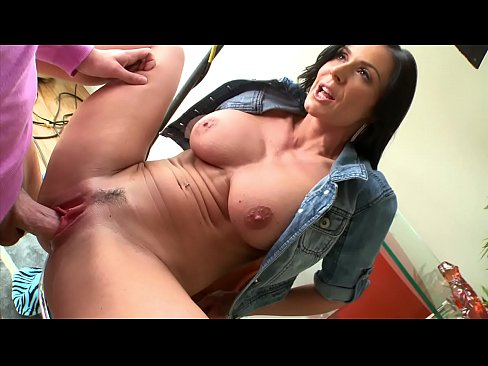 BANGBROS - Yummy MILF Kendra Lust Turns Out Young Buck Mike Adriano