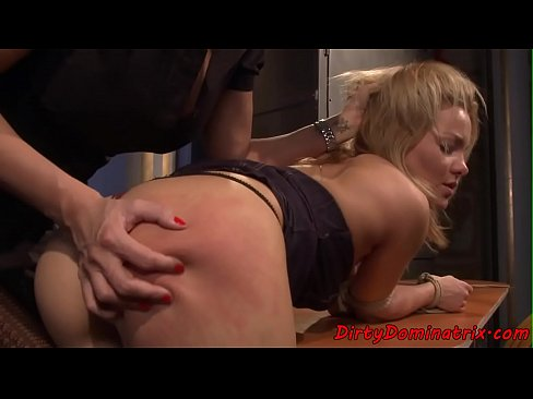 Blonde with big ass porn