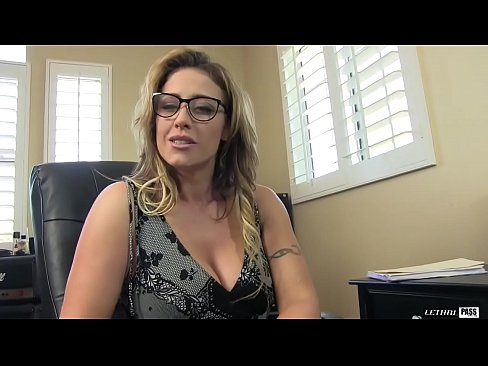 Hot MILF Eva Notty a phat bottom and huge fun bags, but if you don't let her eat your ass you aren't getting any pussy