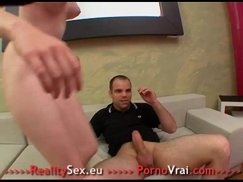 Etudiante orgasme sur une grosse queue !! French amateur