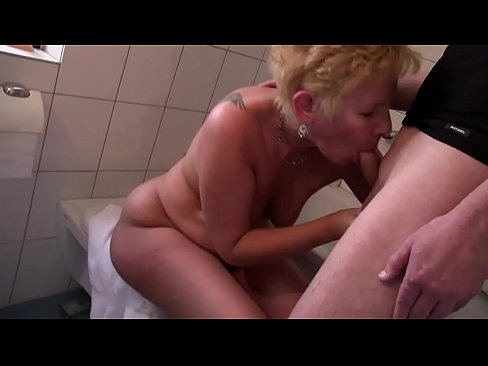 Free version - I had my m. give me a blowjob and she was not satisfied she called my aunt