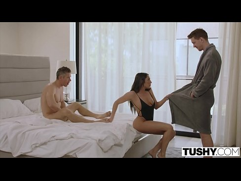 cover video Tushy Hot Wi fe Loves Dp With Her Husband And His Best Friend