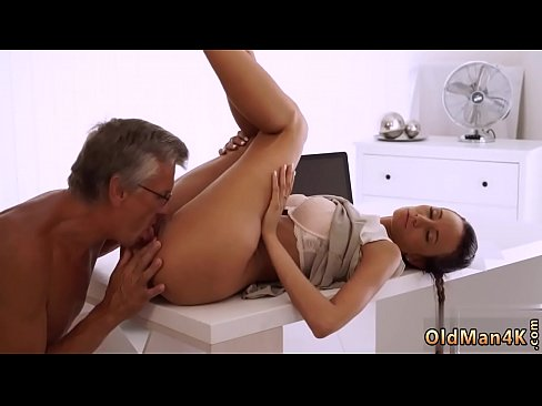 Old men creampie Finally she'_s got her manager dick's Thumb