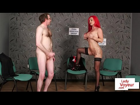 Clip sex Redheaded british voyeur instructs sub to tug