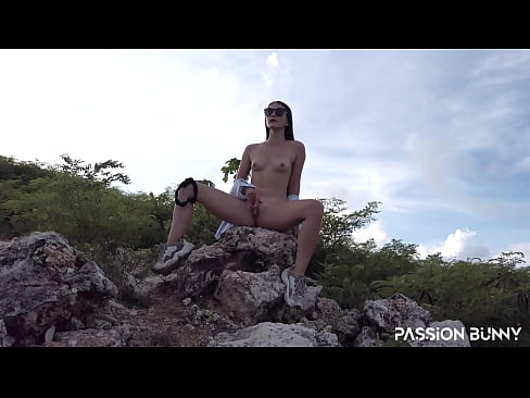 Clip sex Almost caught with beauty risky masturbation - risky self-fuck with PassionBunny