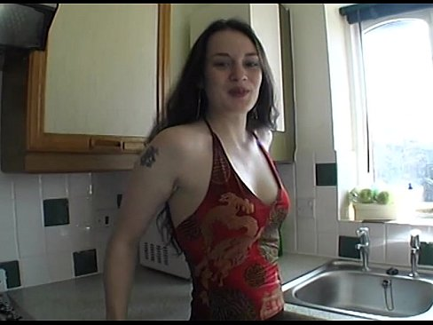 Tilly plays with herself in the kitchenXXX Sex Videos 3gp