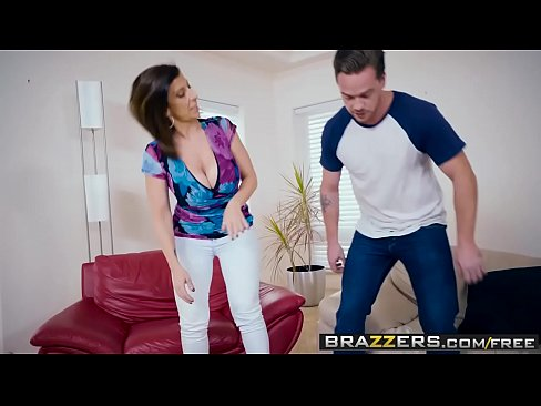 Brazzers – Mommy Got Boobs –  Putting Her Tits To Good Use scene starring Sara Jay and Kyle Mason