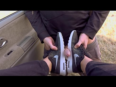 Clip sex Outdoor Messy Deepthroat in Nike airmax and come on sneakers with Kate Truu