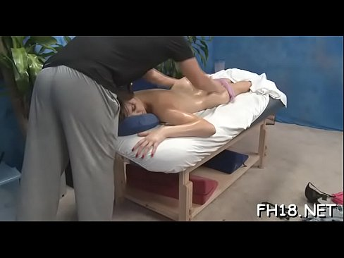 Sexy babe sucking off unfathomable her massage therapist