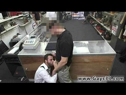 Videos of straight guys being serviced by gay men This dude walks in