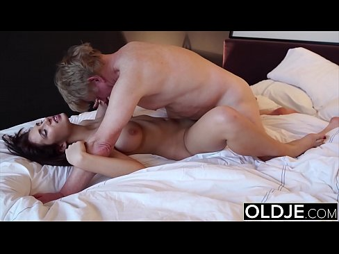 Teen is horny and asks grandpa to fuck her pussy super hardcore