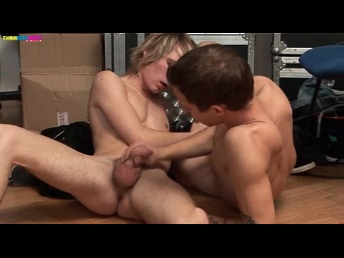 Horny Twinks on Asslicking and 69 blowjob action