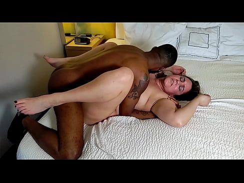 Clip sex Amateur MILF Becky Tailor tag teamed missionary by hubby and HUGE bbc