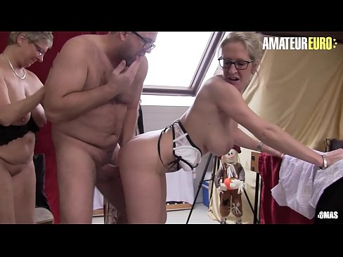 amateur gilf knows how to suck great cock