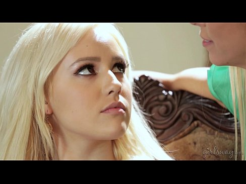Do you touch all your clients like this? - Alexis Fawx, Kylie Page