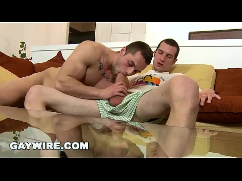 GAYWIRE - Hawt Stud With Nice Muscles Getting Raw Dogged By Caleb Moreton