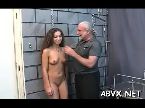 Clip sex Succulent cutie is here to bang