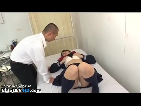 Clip sex Japanese college girl has sex in the nursery
