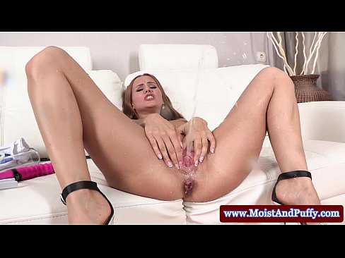 Juicy cherry horny babe extreme pissing on the couch