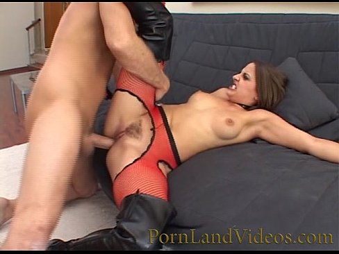 rude anal sex with brunette slut girl