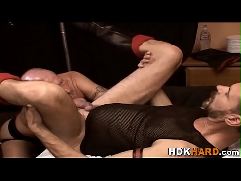 Clip sex Gay hunks ass stretched